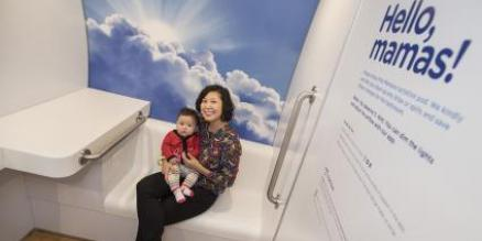 Eveline Chang-Fritsch and her baby in the pod